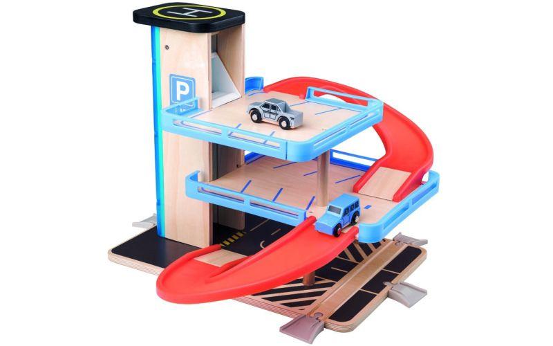 Garáž s výtahem a příslušenstvím - dřevo/plast