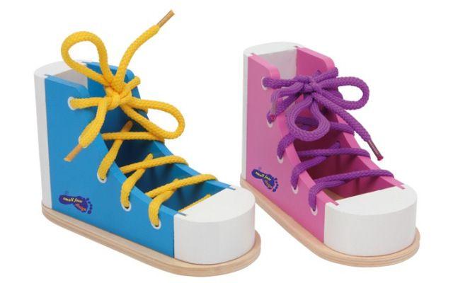 Barevné boty na provlékání